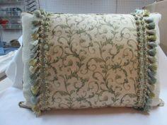 green prints pillow - 18 x 23  90/10