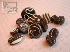 Polymer clay decorations - I know I would be salivating all the time around these!