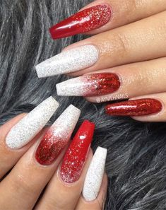 : christmas nail ideas, white silver red winter nail art, winter nail art designs winternails christmasnail Winternägel silber Christmas Nail Art Designs To Look Trendy This Season Fabmood Cute Christmas Nails, Christmas Nail Art Designs, Xmas Nails, Holiday Nails, Christmas Acrylic Nails, Christmas Colors, Simple Christmas, Red And White Nails, White Acrylic Nails