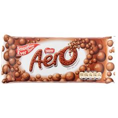 Nestles Aero Chocolate with milk chocolate honeycomb center. Aero Chocolate, Smarties Chocolate, Famous Chocolate, Chocolate Coins, Chocolate Sweets, I Love Chocolate, Melting Chocolate, Nestle Chocolate, Giant Chocolate