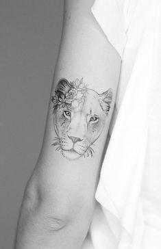 Tattoo Ideas Women Big Lioness Tattoo Design for Women Tattooist Seventh Day S diy tattoo images diy tattoo images diy tattoos Leo Tattoos, Body Art Tattoos, Sleeve Tattoos, Maori Tattoos, Female Tattoo Sleeve, Tatoos, Small Tattoo Placement, Cool Small Tattoos, Large Tattoos