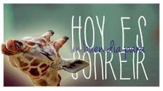 """¿Sabes qué día es hoy? #FelizDiaMundialDeLaSonrisa """"Tejar es disfrutar"""" :)"""