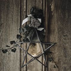 Hanging Tealight Star | The White Company