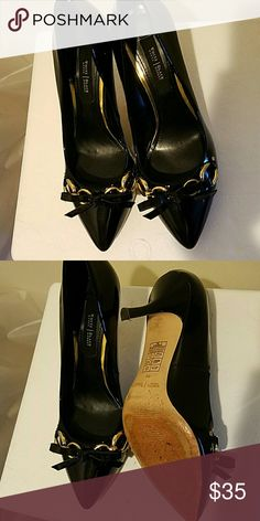 """White House Black Market shoes like new White House Black Market shoes like new. These are reposh. They are in great condition. The Posher I got these from says she only wore them a few times. Shoe box is included. They fit like a 7 1/2. Great quality like all White House Black Market products. I'm only asking to get what i paid back. Great price. 3"""" Heel White House Black Market Shoes Heels"""
