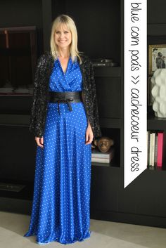 Paula Martins Look Vestido Azul poas