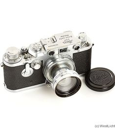 Leitz: Leica IIId 1940-1942. Same as the Leica IIIc but with internal self-timer. Very rare. Only 427 cameras were manufactured.alue