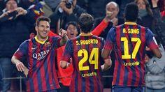 Barca 4-0 Getafe   Messi sonriente ante Sergi Roberto & Alex Song.   FC Barcelona - Getafe   FC Barcelona