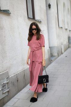 Caroline in Zara pink set