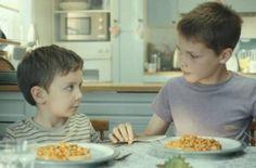 O amor entre irmãos é o fio condutor do novo anúncio da Heinz Beans.