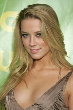 The 35 Hottest Amber Heard Pictures