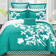 Iris 7-pc. Reversible Comforter Set, Turquoise/Blue (Turq/Aqua) ($130) ❤ liked on Polyvore featuring home, bed & bath, bedding, comforters, blue, turquoise queen comforter set, king comforter set, blue green comforter, blue king size comforter set ve blue king comforter set