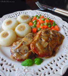 Słodka Strona: Schab w Sosie Pieczarkowym Polish Recipes, Polish Food, Dumplings, Baked Potato, Pork, Food And Drink, Menu, Chicken, Dinner