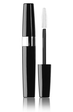 For violet eyes - Chanel Inmitable Intense Mascara in Sophistique Purple