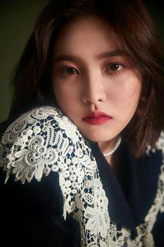 Red Velvet - Peek-A-Boo - Yeri