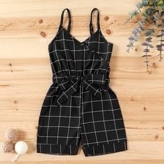 Kids Outfits Girls, Little Girl Outfits, Girls Fashion Clothes, Baby Girl Fashion, Little Girl Dresses, Toddler Girl Dresses, Kids Frocks Design, Baby Frocks Designs, Baby Girl Dress Patterns