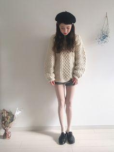 ベレー帽 .. カオリノモリ ニット .. used ニットブルマ .. lochie 靴 .. American Apparell      Instagram @har_326