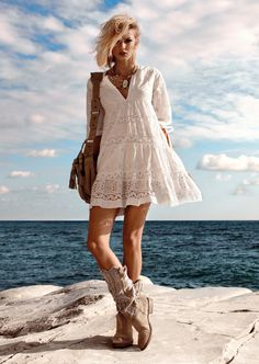 Lace & boots with a boho flair.......