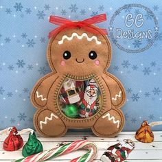 Embroidery Designs Patterns Gingerbread Peekaboo Treat Bag in the hoop - GG Designs Embroidery Paper Embroidery, Embroidery Fonts, Embroidery Applique, Brother Embroidery, Free Pes Embroidery Designs, Embroidery Store, Modern Embroidery, Flower Embroidery, Embroidery Ideas