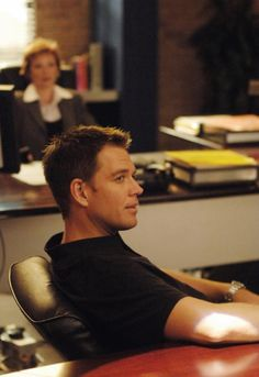 """NCIS - Season 4 Episode 1 - """"Shalom""""  --- Mhmm looking mighty fine there Tony<3"""
