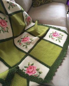 Boho Style Furniture And Home Decor Ideas - Vintage Decor - Diy Crafts Crochet Bedspread, Crochet Fabric, Crochet Quilt, Crochet Cross, Tunisian Crochet, Crochet Squares, Crochet Home, Crochet Motif, Knit Crochet