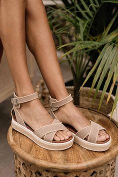 Sock Shoes, Cute Shoes, Me Too Shoes, Shoe Boots, Shoes Heels, Platform Espadrille Sandals, Espadrilles, Dressy Shoes, All About Shoes