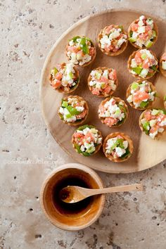 Cook me tender: Tartaletas de salmón ahumado, manzana y queso de cabra