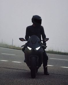 Futuristic Motorcycle, Motorcycle Bike, Le Rosey, Bike Photoshoot, Lux Cars, Zx 10r, Badass Aesthetic, Grunge Photography, Biker Girl