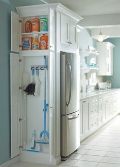 small kitchen pantry storage ideas, kitchen storage ideas for plastic containers, apartment kitchen ideas, Kitchen Storage, Kitchen Decor, Kitchen Design, Kitchen Ideas, Smart Kitchen, Rustic Kitchen, Life Kitchen, Organized Kitchen, Gold Kitchen