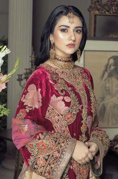 Bridal Makeup Images, Desi Clothes, Pakistani Actress, Dress Makeup, Pakistani Outfits, Celebs, Celebrities, Muslim Fashion, Wedding Wear