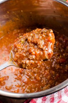 Slimming Eats Syn Free Best Ever Bolognese Meat Sauce (Instant Pot) - gluten free, dairy free, paleo, Slimming World and Weight Watchers friendly pot recipes slimming world Slimming World Best Ever Bolognese Meat Sauce (Instant Pot) Slimming World Spaghetti Bolognese, Slimming World Pasta, Slimming World Dinners, Slimming World Recipes Syn Free, Slimming Eats, Slimming Word, Beste Bolognese, Syn Free Food, Whole30