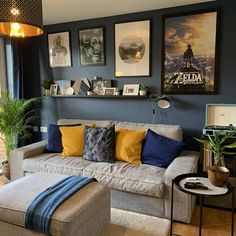 Mustard Living Rooms, Navy Living Rooms, Dark Blue Living Room, Blue Living Room Decor, Living Room Color Schemes, Living Room Colors, Living Room Paint, Home Living Room, Dark Blue Lounge