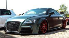 Kontrastprogramm: Audi TT  http://www.autotuning.de/kontrastprogramm-audi-tt/ Audi TT, OZ Wheels