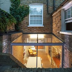 Space Group adds glass extension to London house - Architecture Patio Interior, Interior And Exterior, Modern Interior, Interior Design, Space Group, Espace Design, Glass Extension, Brick Extension, Villa