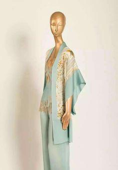 Fashion 101, Trendy Fashion, Boho Fashion, Vintage Fashion, Fashion Design, Night Wear Lingerie, Robe Diy, Satin Pajamas, Pyjamas