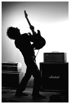 See Gustavo Cerati pictures, photo shoots, and listen online to the latest music. Music Love, Rock Music, My Music, Soda Stereo, Rock Argentino, Photo Room, Kiss Art, Concert Photography, White Aesthetic