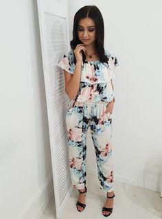 Kombinezon MANTICO hiszpanka. Ottanta - sklep online Jumpsuit, Floral, Outfits, Clothes, Collection, Dresses, Women, Style, Fashion