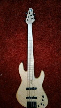 Fodera Emperor NYC Empire 5-string Bass - Natural Birdseye Maple top, Ash body, 21-fret Birdseye Maple board, Fodera Custom Single Coil Pu's+70's Spacing, Pope Preamp..available @bassclubparis