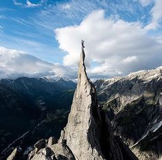 Photograph by Romano Salis . Acrobat and mountain guide Lukas Mathis on the top of Fiamma a peak in the eastern part of the Alps writes YourShotPhotographer Romano Salis. After several fails Lukas could hold his handstand and I was able to catch this brea Places In Switzerland, Wonderful Day, Destinations, No Photoshop, Nature Pictures, National Geographic, Amazing Photography, Yoga Photography, Adventure Photography