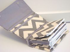 Cash Envelope Wallet  / Dave Ramsey System / ZIPPER Envelopes - Gray and Natural  Chevron Zig Zag
