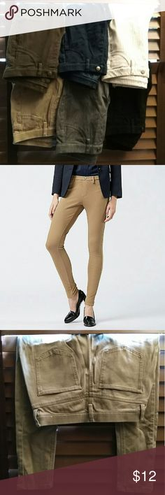 """Uniqlo Legging Pants - 6 Assorted Pairs Uniqlo legging pants - 24""""-25"""" waist, xs. All worn once. Six pairs available, in order shown: olive, dark wash denim, white pinstripes, khaki, grey, and black. Uniqlo Pants Leggings"""