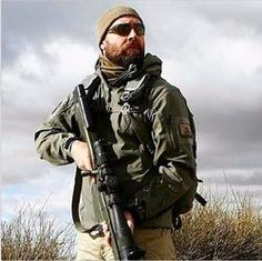 The Tactical Jacket Men are Obsessed With!