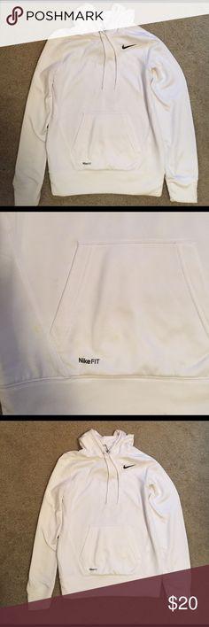 Nike sweatshirt great condition! Nike sweatshirt! Only worn a few times Tops Sweatshirts & Hoodies