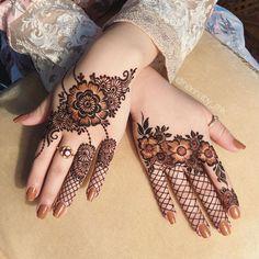 Cool And Amazing Henna Tattoo Designs Ideas.Cool And Amazing Henna Tattoo Designs Ideas.Cool And Amazing Henna Tattoo Designs Ideas Dulhan Mehndi Designs, Mehandi Designs, Khafif Mehndi Design, Mehndi Designs Feet, Mehndi Designs 2018, Modern Mehndi Designs, Mehndi Designs For Girls, Mandhi Design, Design Ideas