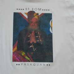 Pasaquan Visionary Environment -- Self Taught St EOM Vintage T-shirt ---- Visionary Environment Georgia --- Size Large -- Extra Large  This is a vintage t-shirt featuring the brilliant self-taught artist Eddie Owens Martin who went by the name of St. EOM. He lived in New York City for years and then retreated to Buena Vista, Georgia, to create the most amazing environment in the United States. It is called Pasaquan, and is certainly worth the visit. This t-shirt has a wonderful photographic…
