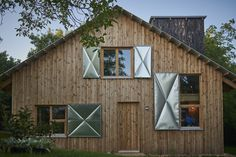 The Graphic Designer's House / Architecture Uncomfortable Workshop _ Nagykovácsi, Hungary _ 2017.