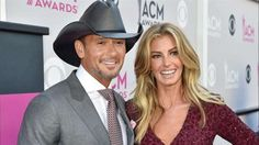 """Inside Tim McGraw & Faith Hill's Bahamas Home - The country superstars give a tour of their 20-acre island paradise in """"Architectural Digest"""". Check it out!"""