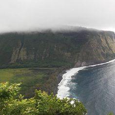 #waipiovalley mit seinem schwarzen #Strand. Der hat eine interessante Geschichte. #hawaii #bigisland