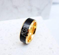 Disney Engagement Rings, Disney Wedding Rings, Disney Rings, Cool Wedding Rings, Wedding Bands, Wedding Stuff, Wedding Dress, Princess Promise Rings, Disney Inspired Rings