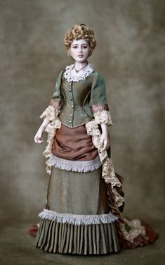 Our timber barbie dolls residential home selection has a range of different varieties and dimensions, our timber plush animals residences are fantastically detailed in and out. Victorian Dolls, Antique Dolls, Vintage Dolls, Ooak Dolls, Barbie Dolls, Art Dolls, Dollhouse Dolls, Miniature Dolls, Historical Costume