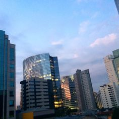 Wow! Last time I've done that was around 20 years ago and I was probably partying...  Just spent an entire night working....      Sunrise from my #office #window...   #SaoPaulo #concrete #wakeup #vamboravambora #GoodMorningBrazil #GoodMorningOccidentalWorld #GoodNightAsiaAndPacific #producing #workhardplayhard #lovewhatyoudo #dowhatyoulove #passion #writing #contentmarketing #storytelling #ppicchia #marketingconsulting #flancer #flancer18years